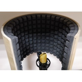 Microphone Isolation Shield «Airscreen Wood»